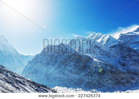 Scenic view of mountains, Kanchenjunga Region, Himalayas, Nepal.