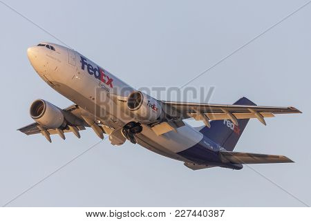 Los Angeles, California, Usa - March 10, 2010: Fedex (federal Express) Airbus A310 Cargo Aircraft Ta