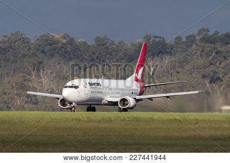 Melbourne, Australia - November 10, 2011: Qantas Boeing 737-476 Vh-tju On The Runway At Melbourne In