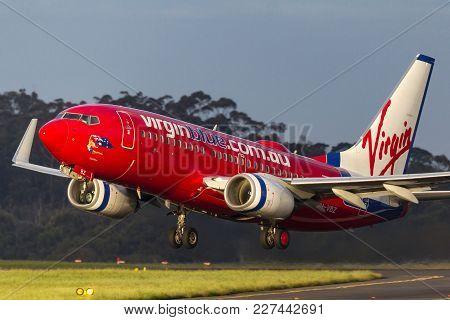Melbourne, Australia - September 25, 2011: Virgin Australia Airlines Boeing 737-7fe Vh-vbz  Taking O