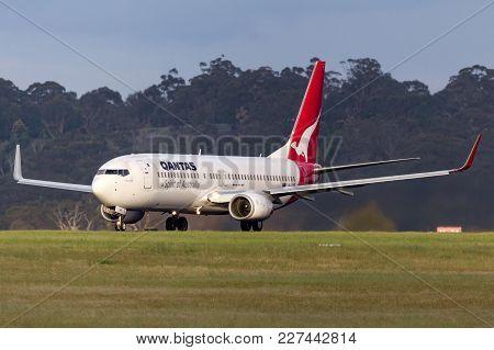 Melbourne, Australia - November 10, 2011:  Qantas Boeing 737-838 Vh-vye On The Runway At Melbourne I