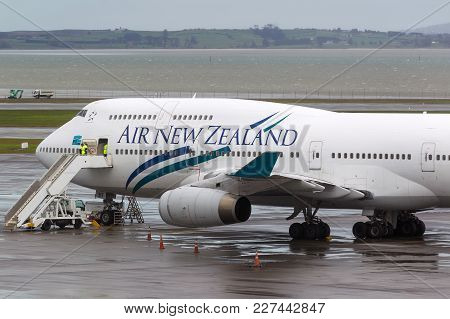 Auckland, New Zealand - April 26, 2011: Air New Zealand Boeing 747-419 Zk-nbt On The Tarmac At Auckl