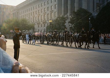 Ronald Reagan Funeral Procession With The Caisson Carrying His Casket Being Pulled By Six Horses Pro