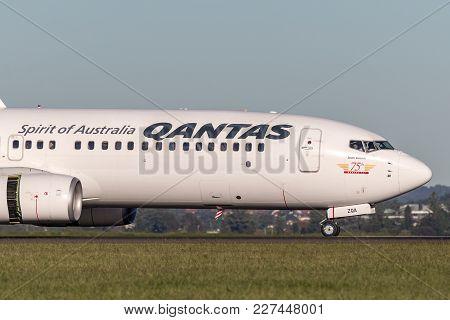 Sydney, Australia - May 5, 2014: Qantas Boeing 737-800 Aircraft At Sydney Airport.
