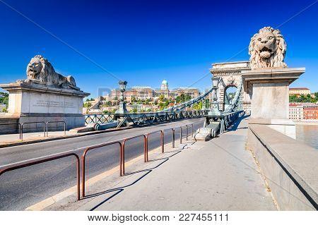 Budapest, Hungary. Szechenyi Or Lanchid Chain Bridge, First Stone-bridge Over Danube River