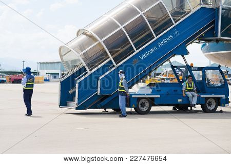 Khanh Hoa, Vietnam - July 30, 2016: Vietnam Airlines Stairs Ready For Passenger To Step Down, With A