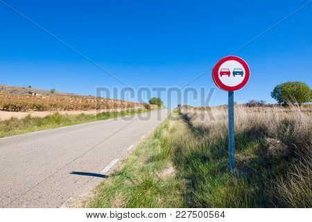 No Overtaking Signal In Rural Road
