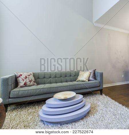 Modern Living Room Interior Design With Dinning Set