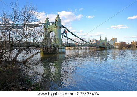 Hammersmith Bridge Over The River Thames In The Borough Of Hammersmith And Fulham, London, Uk