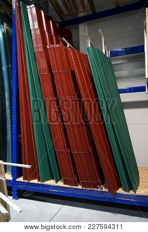 Colored Tin Roof Structure That Mimics The Tiles.in Store