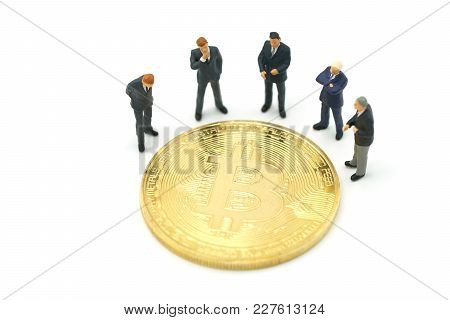 Miniature People Businessmen Standing Investment Analysis Gold Bit Coin . Communications To Invest I