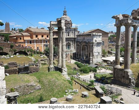 19.06.2017, Rome, Italy: Beautiful View Of Ruins Of Famous Roman Forum