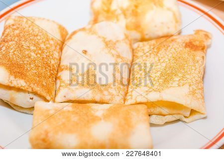 Stuffed Pancakes. Pancakes With Cottage Cheese. Cooking Pancakes. Wrap Up The Pancakes With Cottage