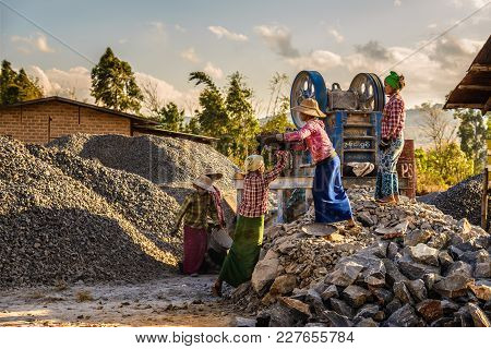 Pindaya, Myanmar - January 25, 2016 : Woman Workers Work In A Quarry