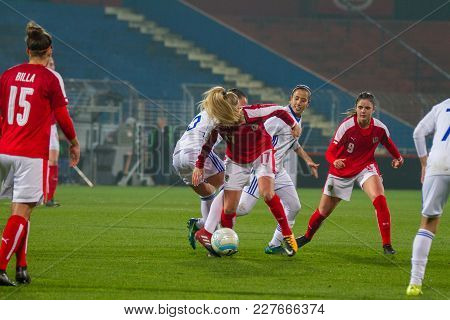 Moedling, Austria, 23th November 2017: Sarah Puntigam And Sarah Zadrazil Fifa Wm Qualification Ladie