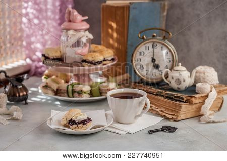 English Five O'clock Tea