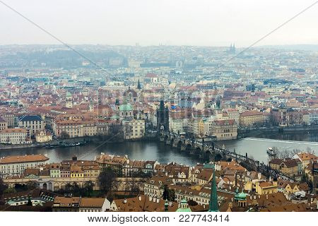 Skyline View Panorama Of Charles Bridge, Karluv Most, With Old Town In Prague. Czech Republic