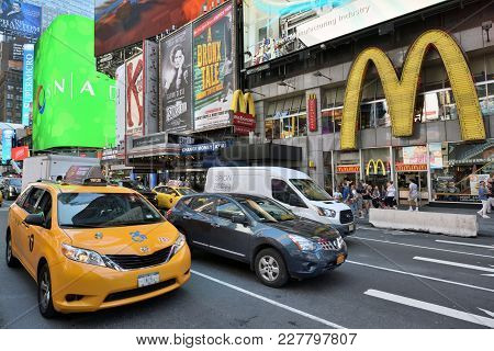 New York City, Usa - Aug. 24: Yellow Taxi On Street In Manhattan On August 24, 2017 In New York City