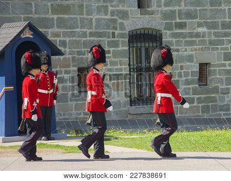 Quebec, Canada - August 20, 2014: The Members Of The Canadian Royal 22nd Regiment Marches At The Cit