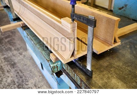 Metal Clamp For Gluing The Classical Cornice From Mdf