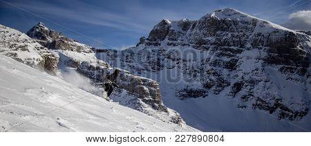 Downhill Skiing In Banff, British Columbia , Canada