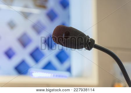 Tv Studio Microphone., Microphone In Studio For Voice Actor, Radio Broadcasting, Post Production, Re