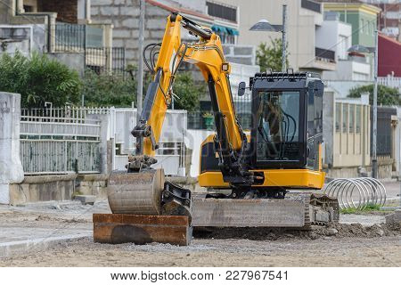 Image Of Excavator On A Construction Site