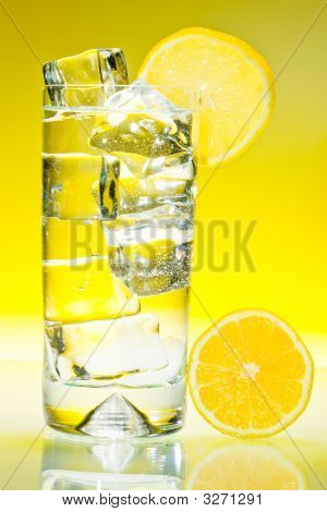 Tall Iced Drink With Lemon