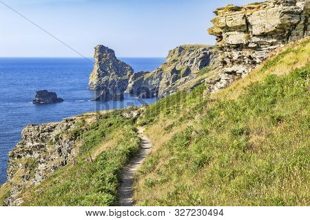The South West Coast Path In A Beautiful Stretch Of The Cornish Coast, Between Tintagel And Bossiney