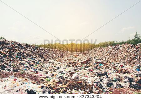 Mountain Garbage, Large And Degraded Garbage Pile, Pile Of Stink And Toxic Residue, Waste Plastic Bo