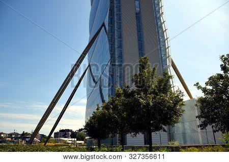 Milano, Italy, 14.07.2019: Arata Isozaki & Andrea Maffei - Allianz Tower, Il Dritto/the Straight One