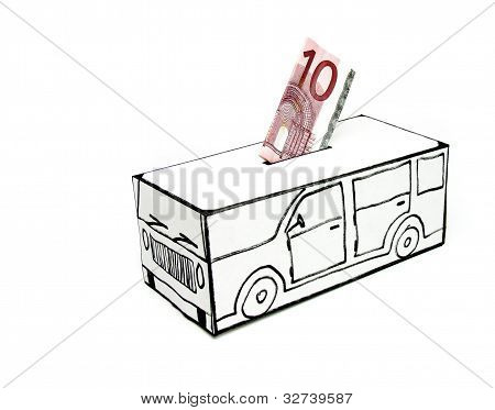 Safe with car and 10 euros deposited by hand