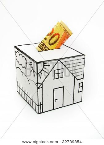 Safe house with drawn and deposited twenty reais