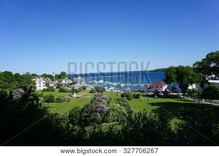 Mackinac Island, Michigan / United States - June 11, 2018:: A View Of Marquette Park And The Mackina