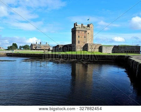 Broughty Castle.  Dundee, Scotland - September 10, 2019 A Defensive Medieval Fortress And City Squar