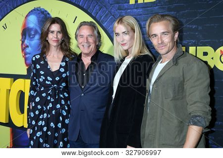 LOS ANGELES - OCT 14:  Kelley Phleger, Don Johnson, Grace Johnson, Jesse Johnson at the HBO's Watchman Premiere Screening at the Cinerama Dome on October 14, 2019 in Los Angeles, CA