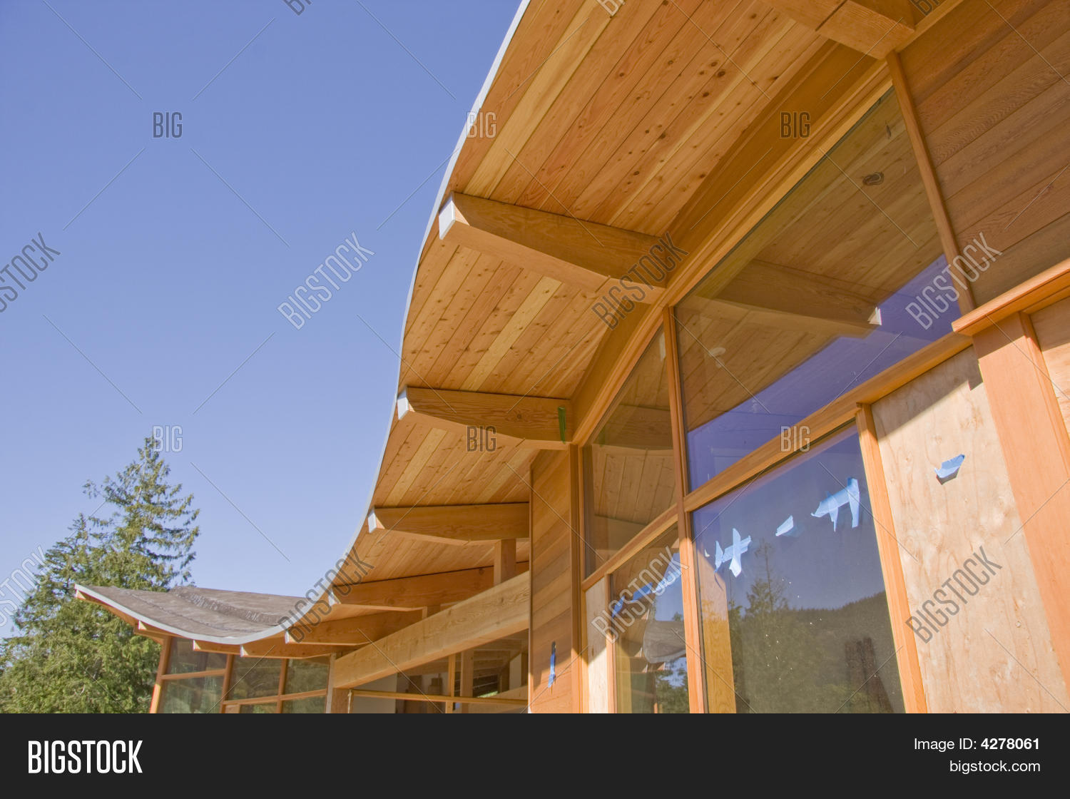 timber frame house curved roof construction - Curved Roof