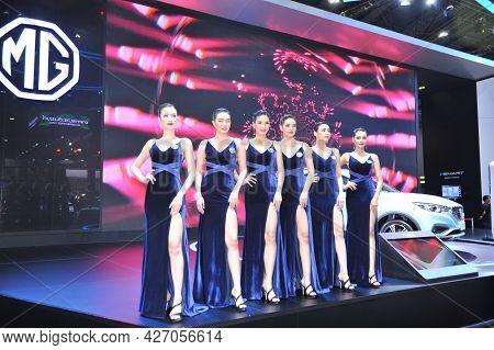 Bangkok-april 5 Pretty At The40th Bangkok International Motor Show 2019 On April 5, 2019 In Bangkok,