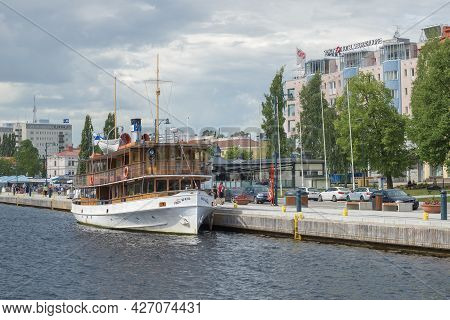 Savonlinna, Finland - June 17, 2017: Retro Steamer Paul Wahl At The City Embankment On July Afternoo