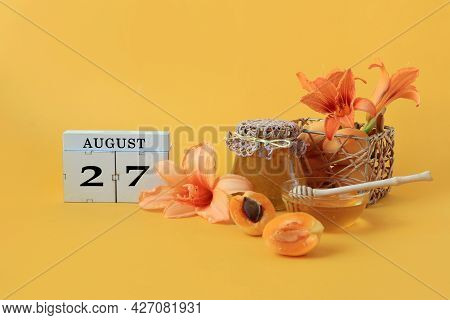 Calendar For August 27 : The Name Of The Month Of August In English, Cubes With The Number 27, Honey