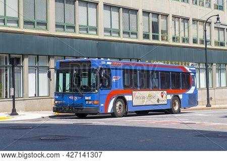Worcester, Ma, Usa - Jul. 27, 2020: Worcester Regional Transit Authority (wrta) Bus On Foster Street
