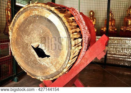 Gongs Traditional Music Instrument For Burmese People Foreign Travelers Hit Knock For Respect Prayin