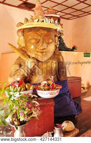 Sculpture Carved Antique Soldier Guardian Deity Angel God For Burmese People And Foreign Traveler Vi