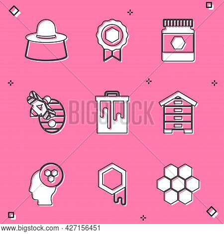 Set Beekeeper With Protect Hat, Honey Medal, Jar Of Honey, Hive For Bees, Honeycomb, And Icon. Vecto