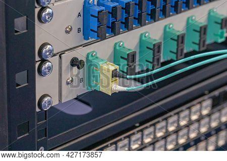Fiber Optic Rack Mount Patch Panel Equipment