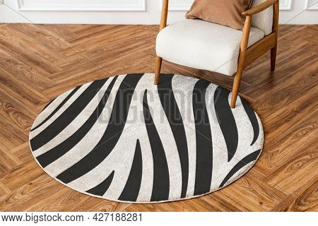 Round rug in zebra printed pattern living room essential