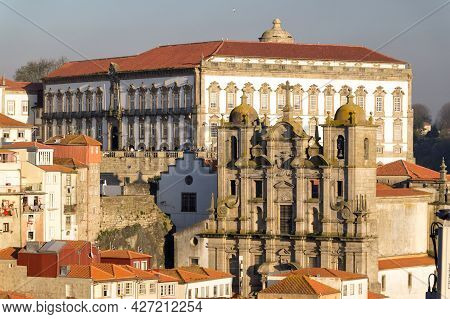 Porto, Portugal - March 17, 2017: View Of The City Of Porto Since Aldeia Nova With The Luis I Bridge