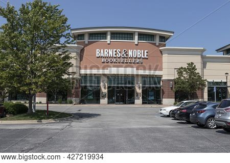 Plainfield - Circa July 2021: Barnes & Noble Retail Location. Barnes & Noble Is A Leading Retailer O