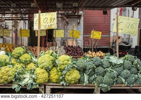 Fresh vegetables: cauliflower and broccoli for sale at famous Ballaro market in Palermo, Sicily, Italy