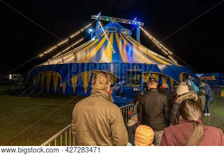 Queuing For The Circus Fantasia At Night